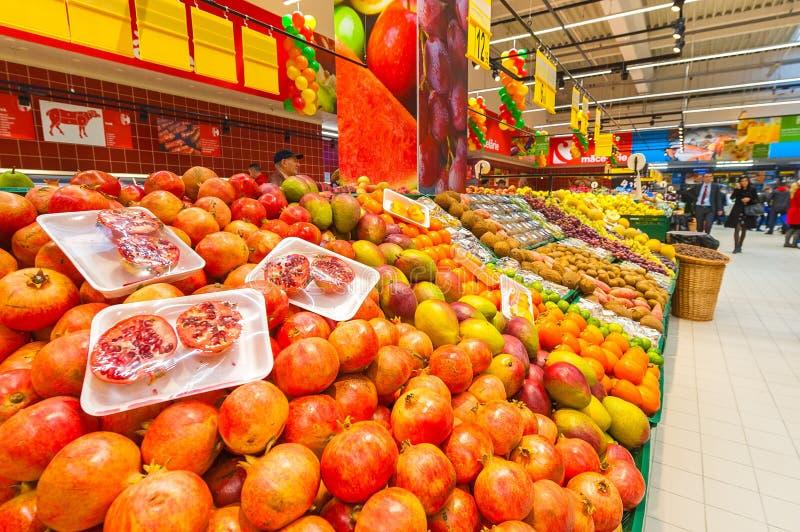 Foto's bij Hypermarket Carrefour het grote openen royalty-vrije stock foto's