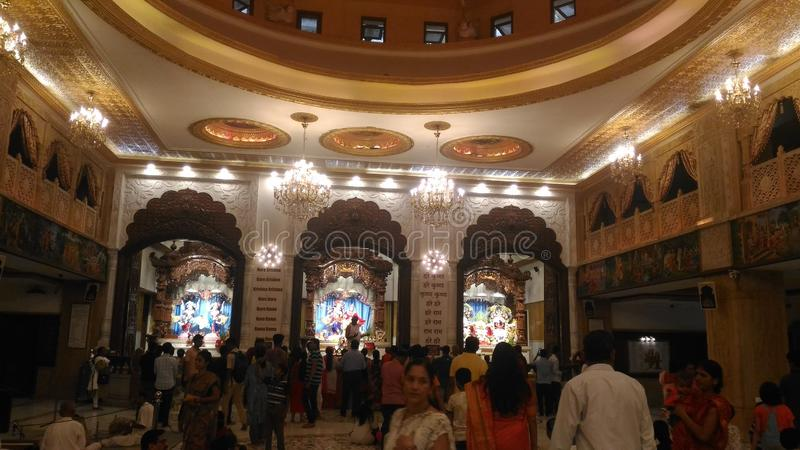 Foto's van binnenuit van ISKCON-tempel in Pune royalty-vrije stock foto's