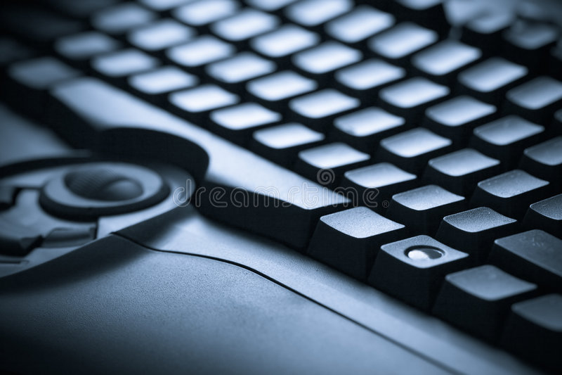 Foto tonificada azul do teclado do close up imagem de stock