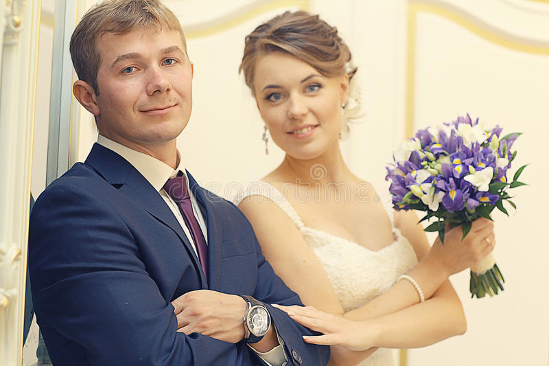Foto tradicional clásica de la boda fotografía de archivo