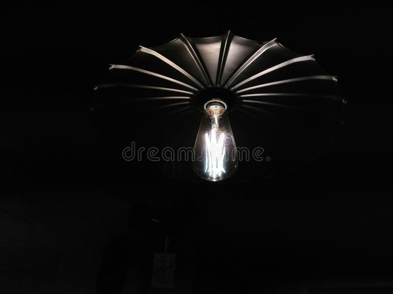 Foto van een nachtlamp in een restaurant royalty-vrije stock afbeelding