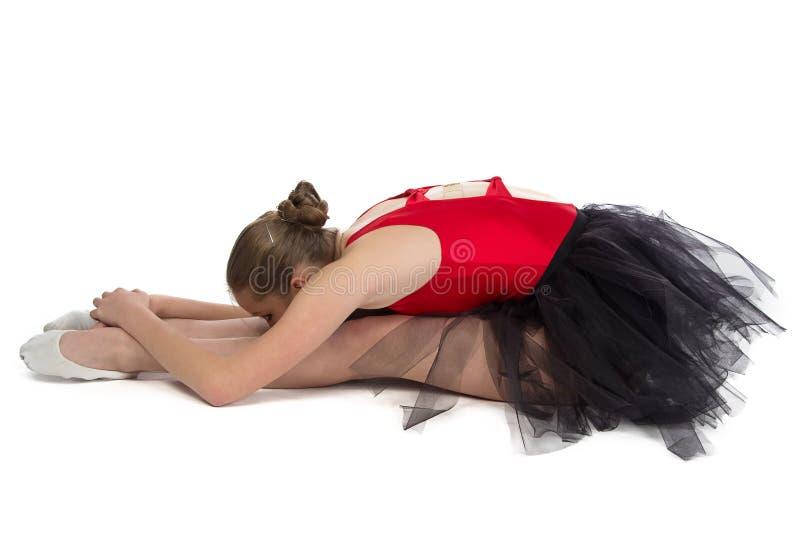 Foto van jonge ballerina bij de opleiding royalty-vrije stock afbeeldingen