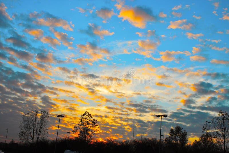 foto van zonsonderganghemel stock afbeelding