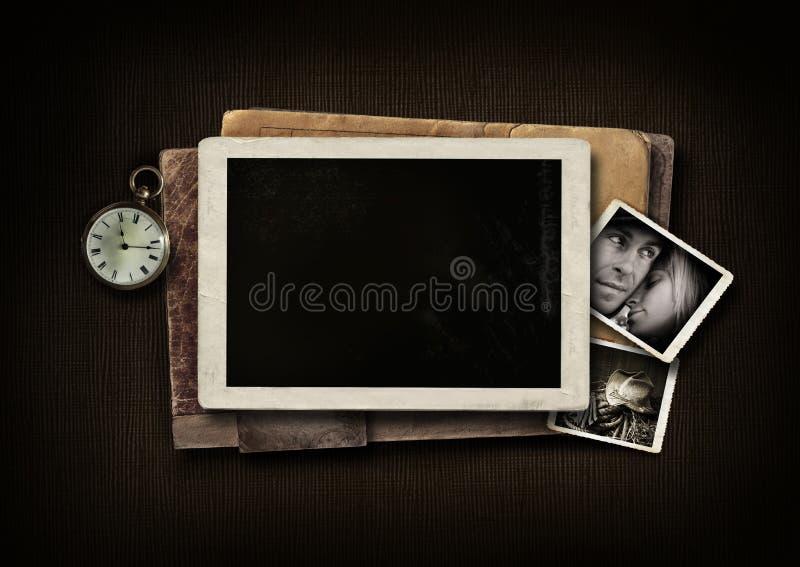 Foto vieja de la vendimia con un fondo oscuro foto de archivo libre de regalías