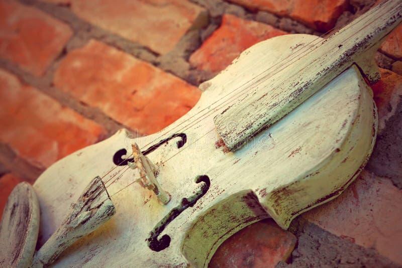 Foto vieja del vintage del primer del violín con el espacio vacío para el texto imagenes de archivo