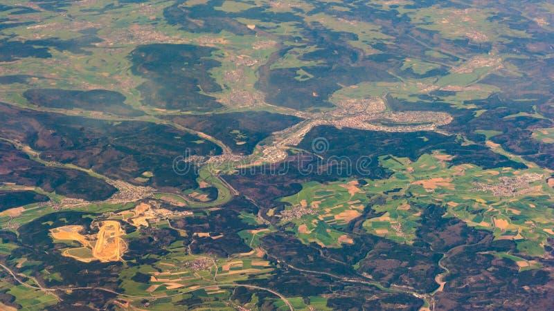 Fotografía aérea sobre los suburbios de París foto de archivo libre de regalías