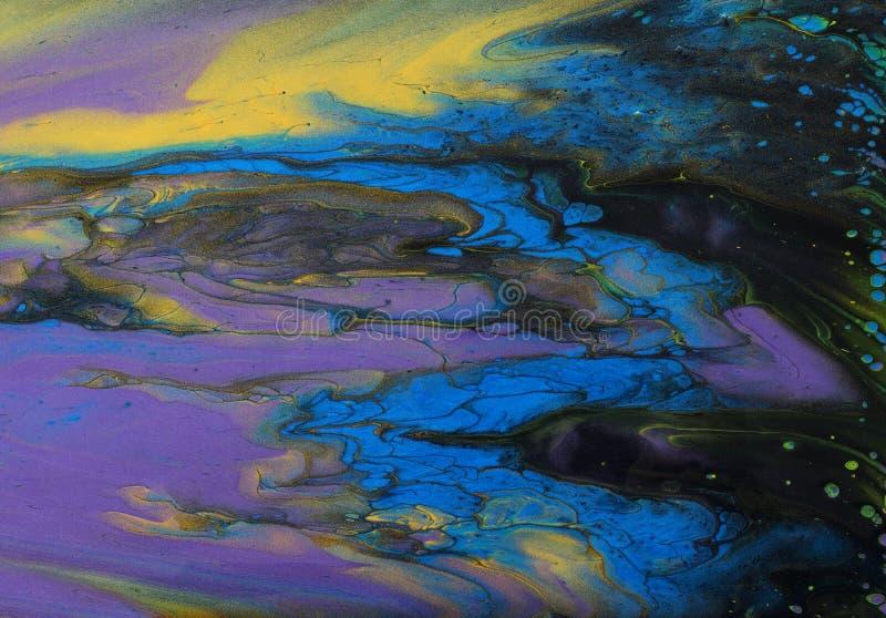 Fotografía artística de fondo de efecto marbleizado abstracto Color creativo negro, dorado, amarillo, púrpura y azul Bonita pintu fotografía de archivo libre de regalías