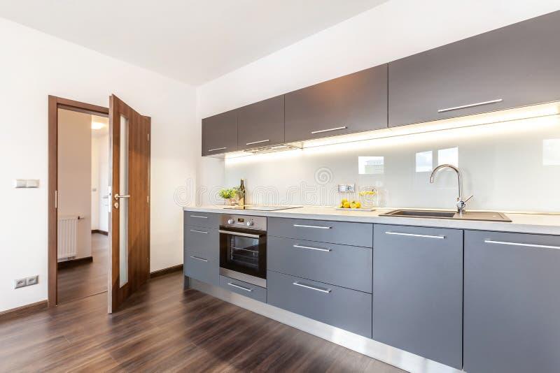 Fotografía interior en un moderno apartamento imagen de archivo