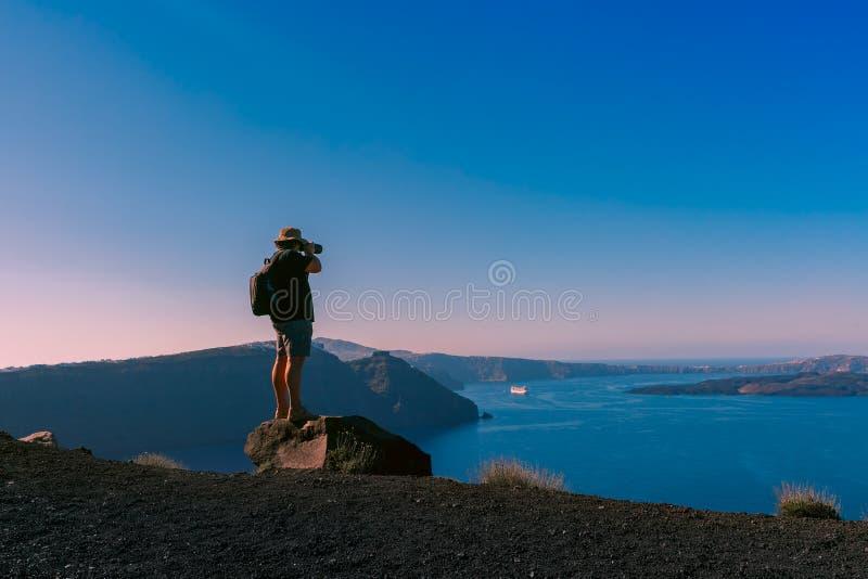 Fotograf nimmt Bildkessel, Oia, Santorini lizenzfreies stockbild
