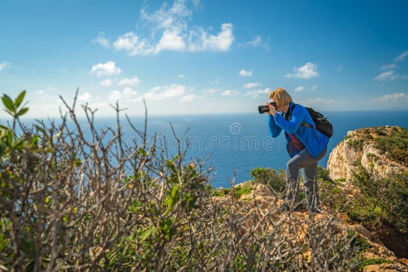 Fotografando a angra impressionante do naufrágio fotos de stock royalty free