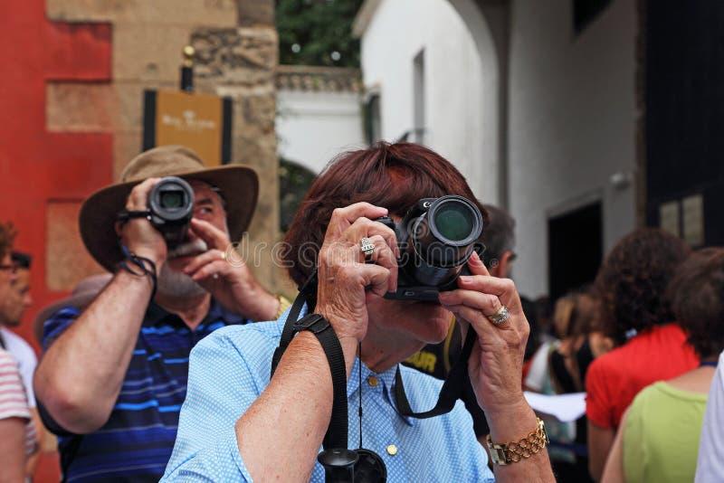 Fotografen auf einem Ausflug lizenzfreies stockbild