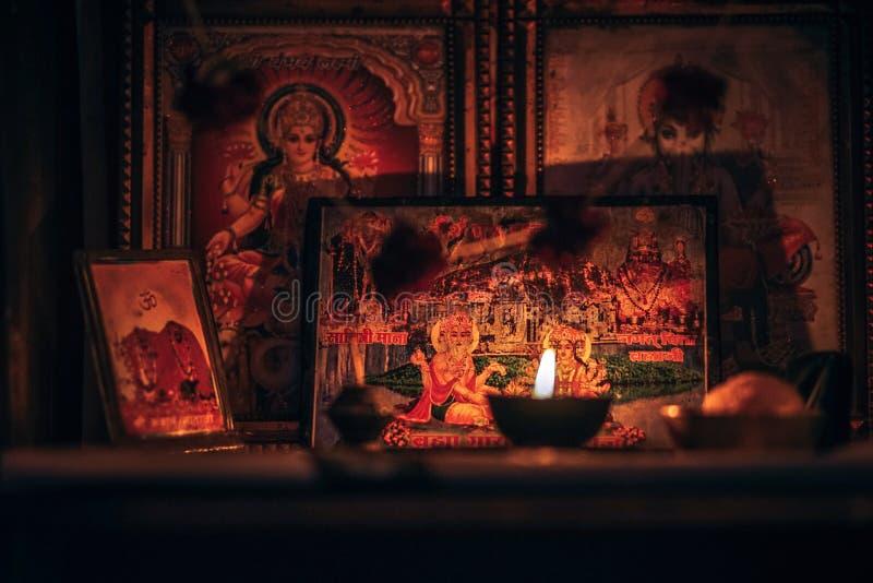 Fotografi av assorterade hindu Gods arkivfoton