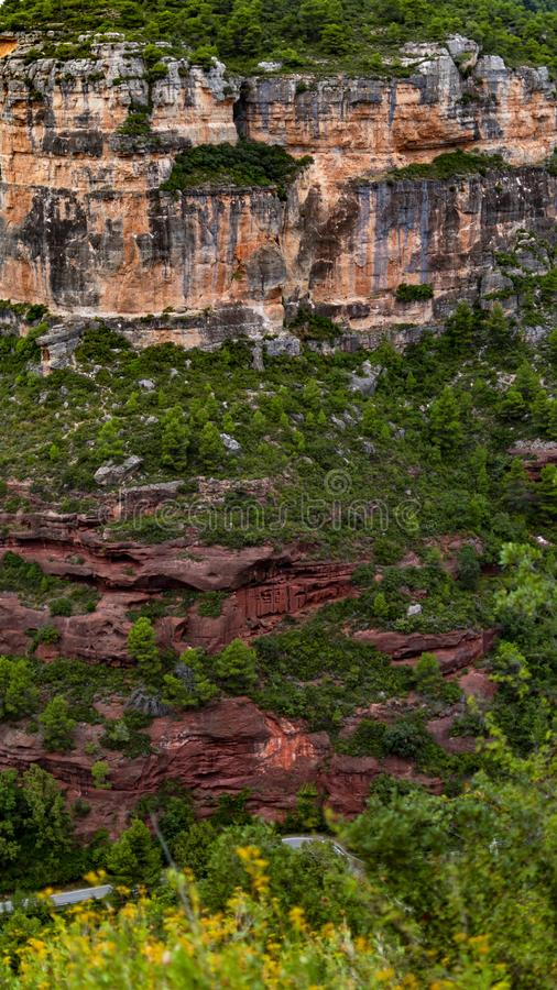 Fotografi av ett landskap av berg fotografering för bildbyråer