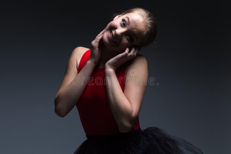 Fotografia śmieszna młoda dziewczyna zdjęcie stock