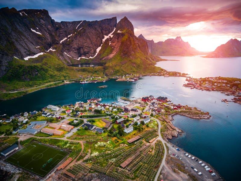 Fotografia aérea das ilhas do arquipélago de Lofoten foto de stock royalty free
