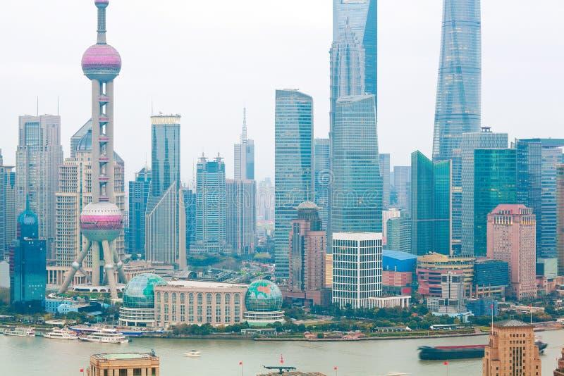 Fotografia aérea na skyline da barreira de Shanghai foto de stock