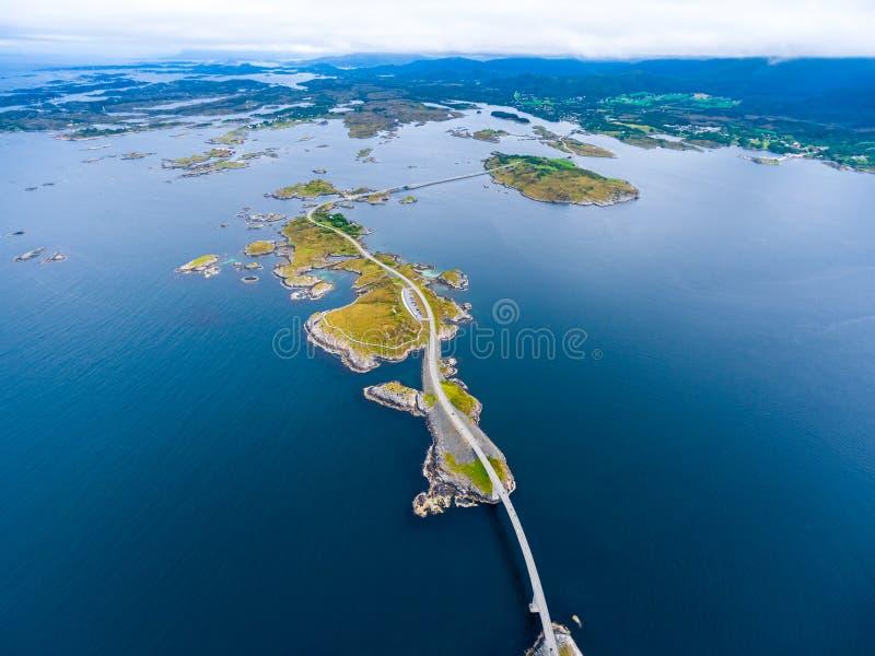 Fotografia aerea della strada dell'Oceano Atlantico fotografia stock