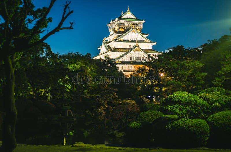 Fotografia da noite de Osaka Castle fotografia de stock royalty free