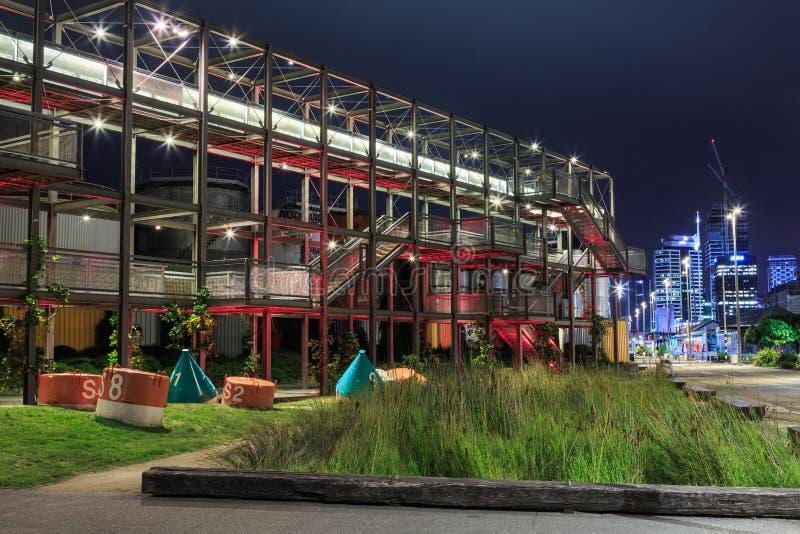 Fotografia de noite do parque do silo na margem de Auckland, Nova Zelândia imagens de stock