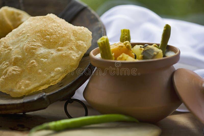 Fotografia dell'alimento, veg Korma e purree, India immagini stock