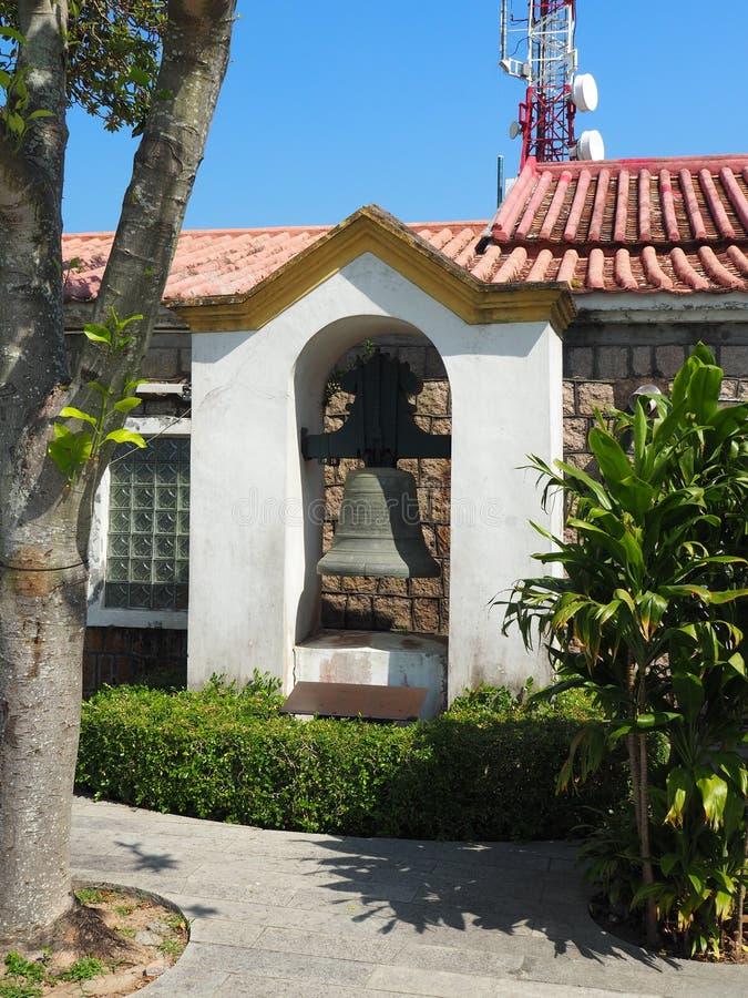 Fotografia dzwon który wiesza blisko Guia fortecy w Macau zdjęcie stock