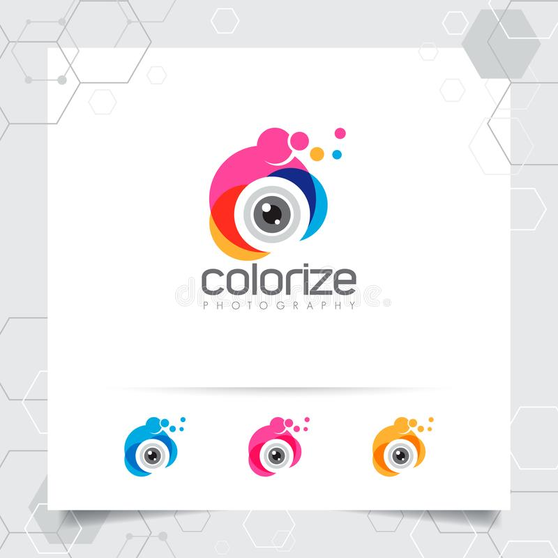Fotografia e projeto do logotipo da foto com conceito do vetor colorido do ícone da objetiva para o fotógrafo, a foto do estúdio, ilustração do vetor