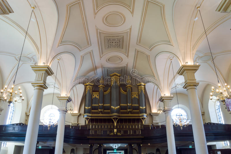 Fotografia horizontal de Derby Cathedral Organs Ceiling HDR fotografia de stock royalty free