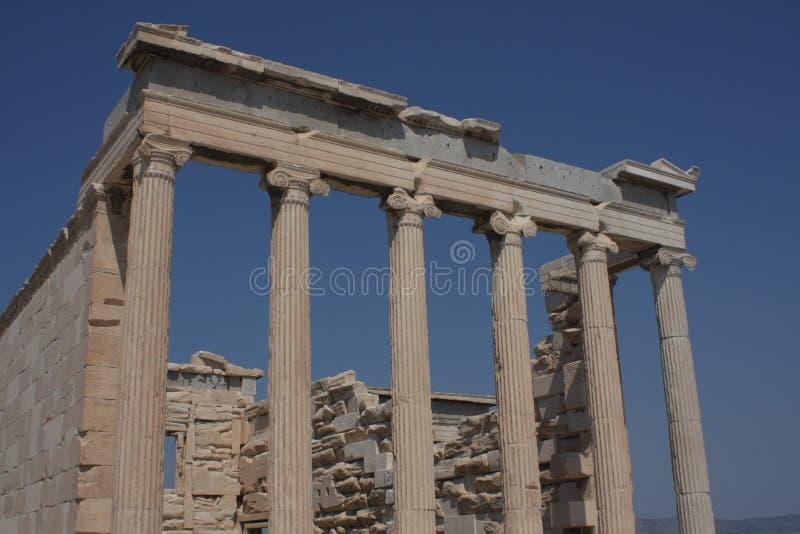 Fotografia ikonowy Erechtheion z sławnymi kariatydami, akropolu wzgórze, Ateny historyczny centrum, Attica, Grecja zdjęcia stock