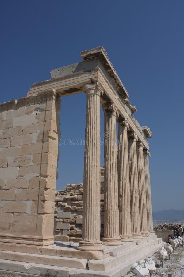 Fotografia ikonowy Erechtheion z sławnymi kariatydami, akropolu wzgórze, Ateny historyczny centrum, Attica, Grecja zdjęcie royalty free