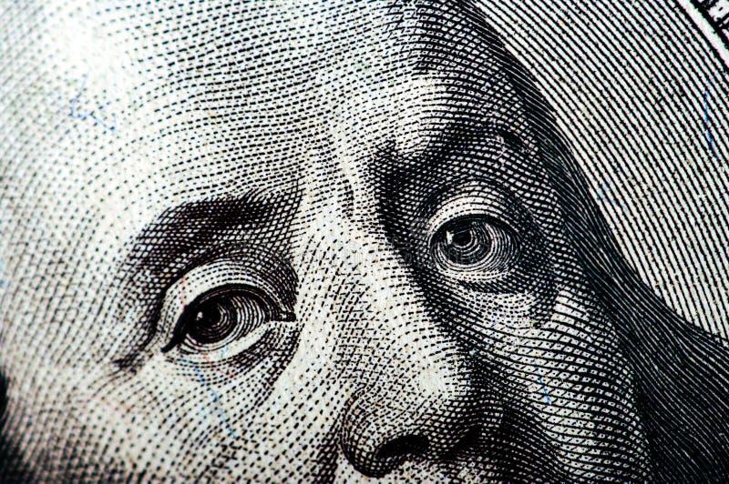 Fotografia macro um fim acima, detalhe da nota de dólar 100 imagem de stock
