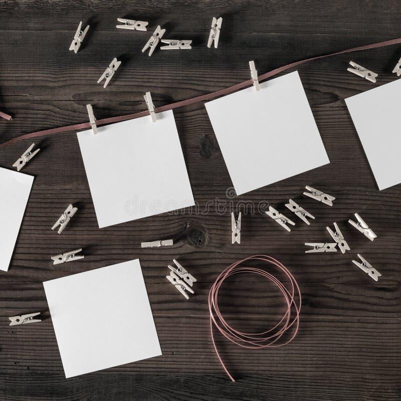 Fotografia papier, arkana, clothespins fotografia stock