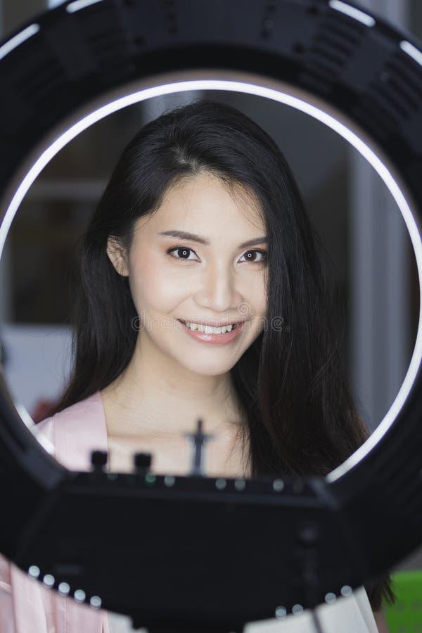 Fotografia pi?kna azjaty modela kobieta zdjęcia royalty free