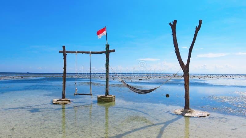 Fotografia robić w Indonezja Huśtawka i hamak w morzu na isl zdjęcia royalty free