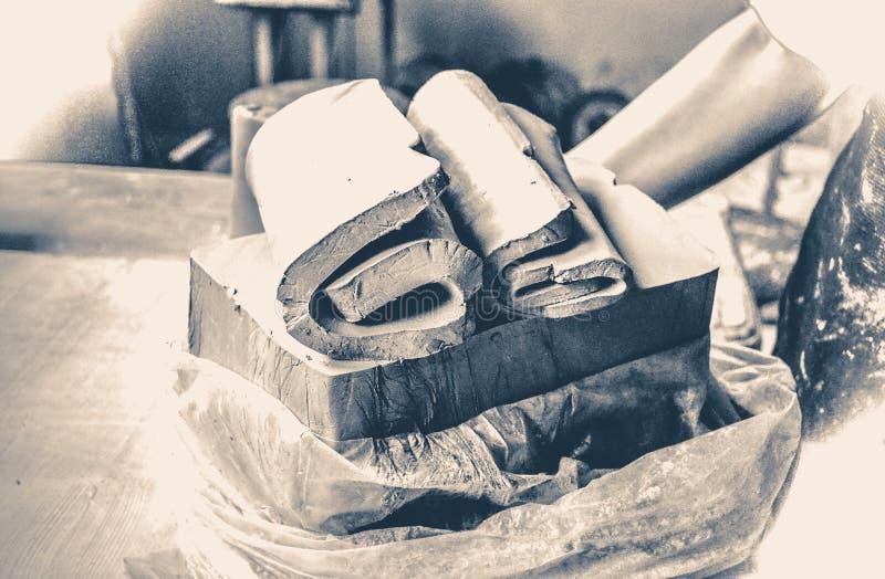 fotografia stary rocznik ciąć warstwy gliniani kawałki dla sculpting obraz royalty free