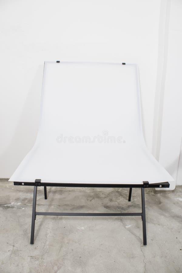 Fotograficzny studio set, biały amatorial życia studio wciąż obrazy royalty free