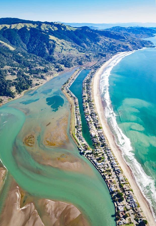 Fotografie über Stinson-Strand, der Süden gegenüberstellt stockbild