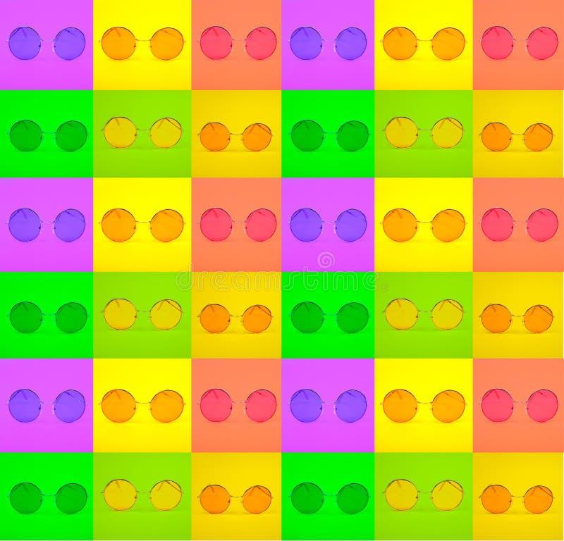 Fotografie einer Vielzahl der hellen runden modernen Gläser in den grünen, gelben, purpurroten quadratischen Rahmen stockbild