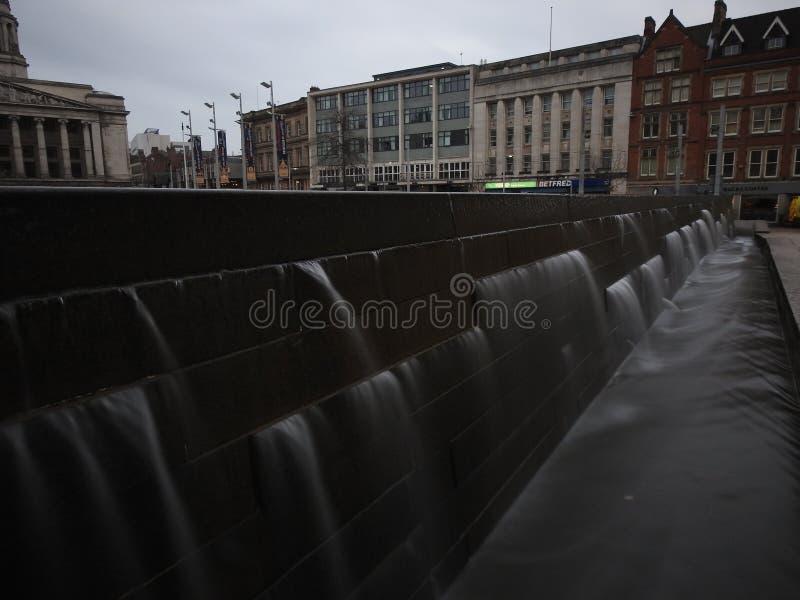 Download Fotografie Van De De Stads De Lange Blootstelling Van Nottingham Redactionele Fotografie - Afbeelding bestaande uit lang, stad: 107701242