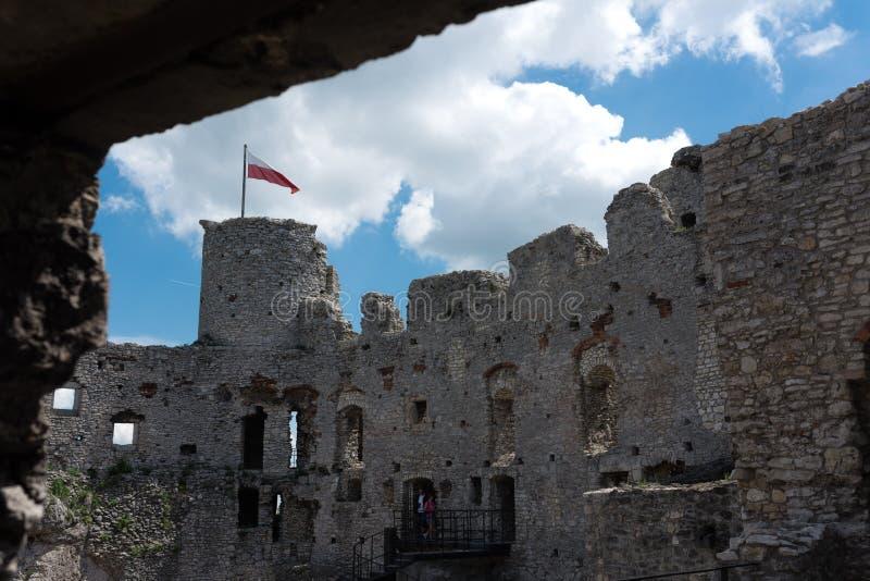 Fotografie van Ogrodzieniec-Kasteel, Polen stock foto's