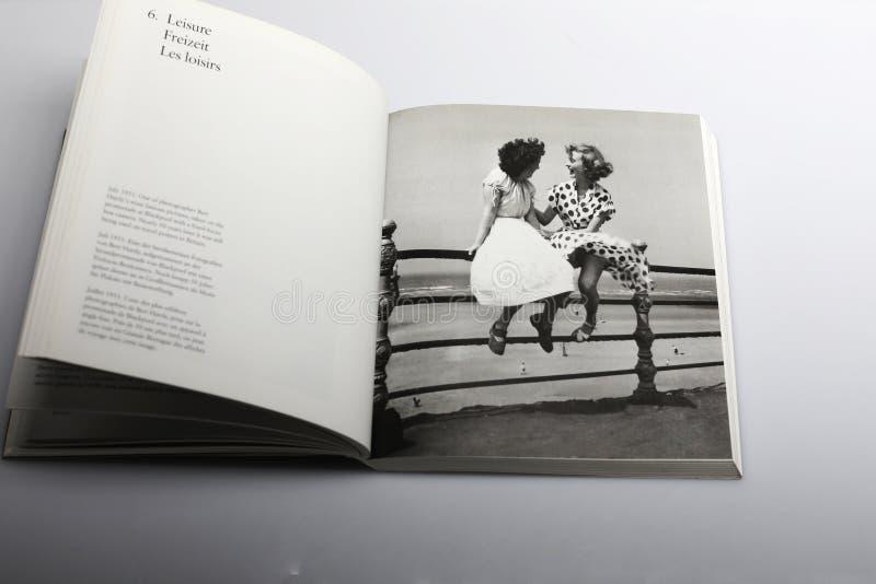 Fotografiebuch durch Nick Yapp, Bert Hardy-` s das meiste berühmte Bild stockbild