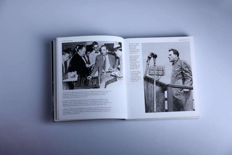 Fotografiebuch durch Nick Yupp, Joseph McCarthy und Billy Graham stockfoto