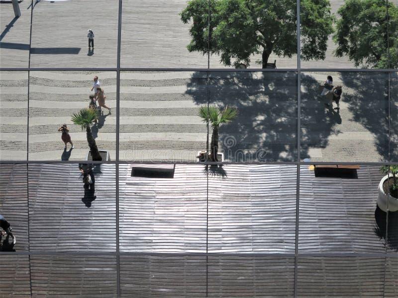 Fotografieren der Decke des Gebäudes stockfoto