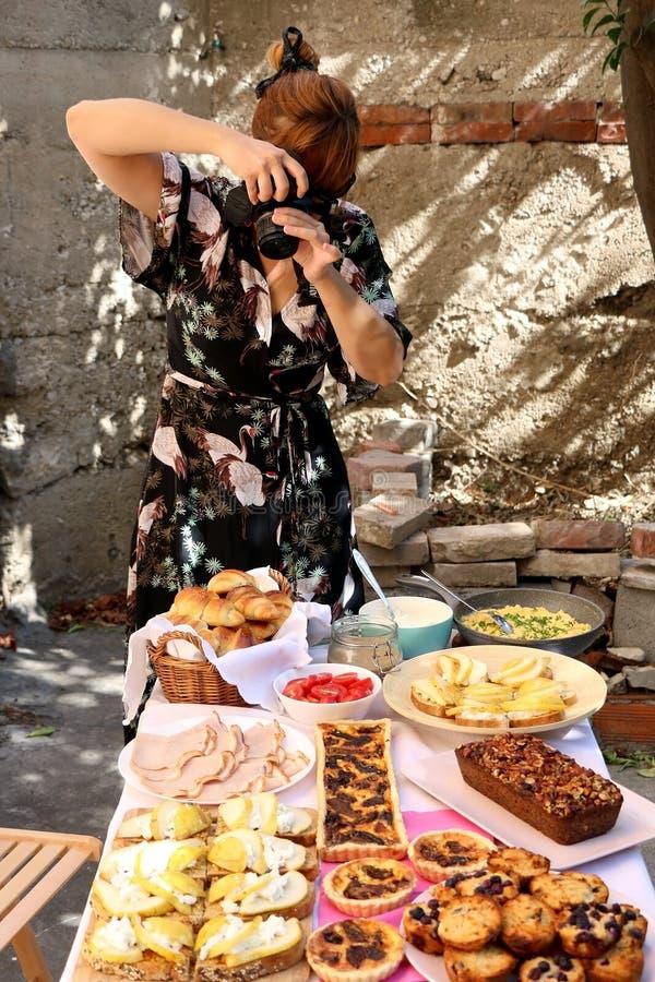 Fotografieren der Nahrung stockbilder