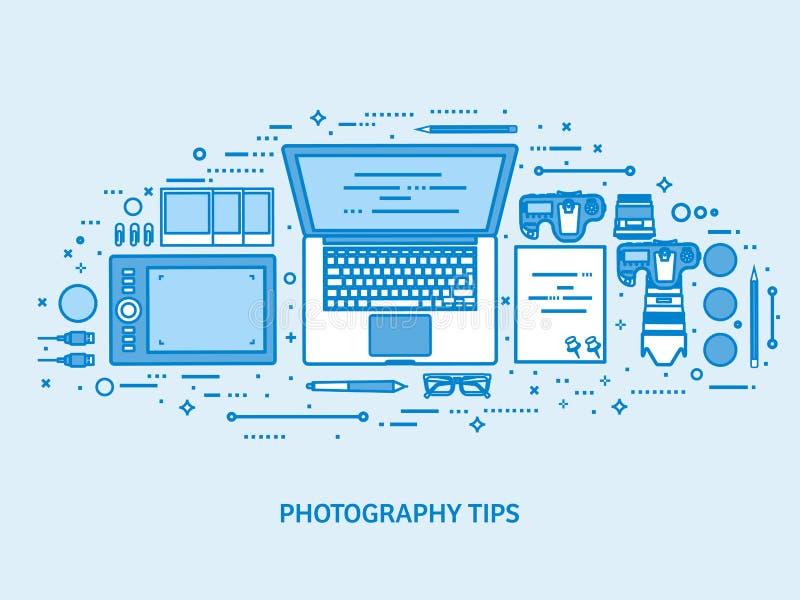 Fotografiewerkzeuge, redigierendes und photoshooting Foto Digital photocamera mit Objektiv Flacher blauer Entwurfshintergrund zei vektor abbildung