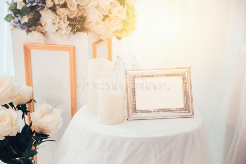 Fotografii ślubnej ceremonii ramowy piękny biel obrazy royalty free