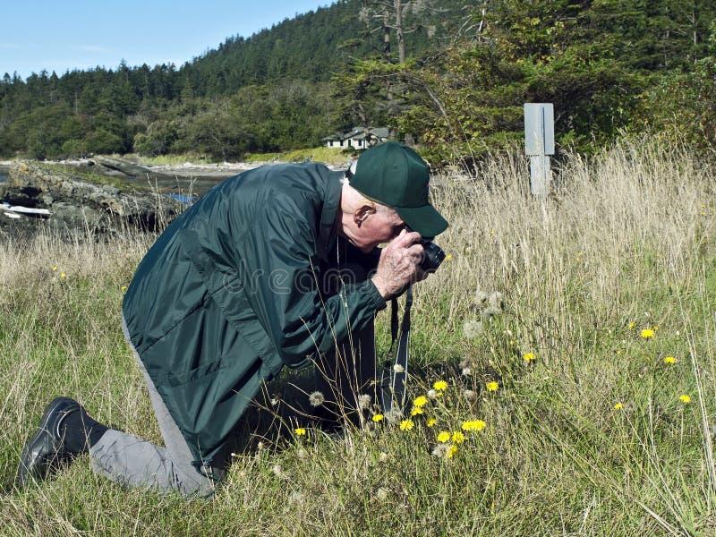 Fotografo anziano fotografie stock