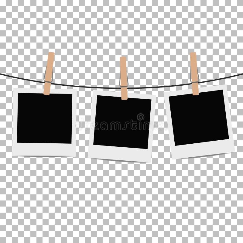 Fotokader op kabel met wasknijper op transparante achtergrond wordt gehangen die stock illustratie