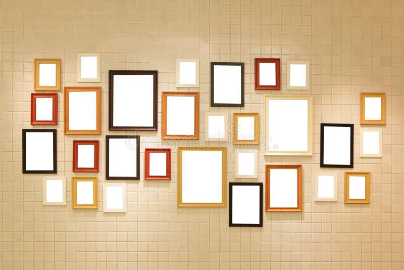 Fotokonstgalleri på väggen royaltyfri foto