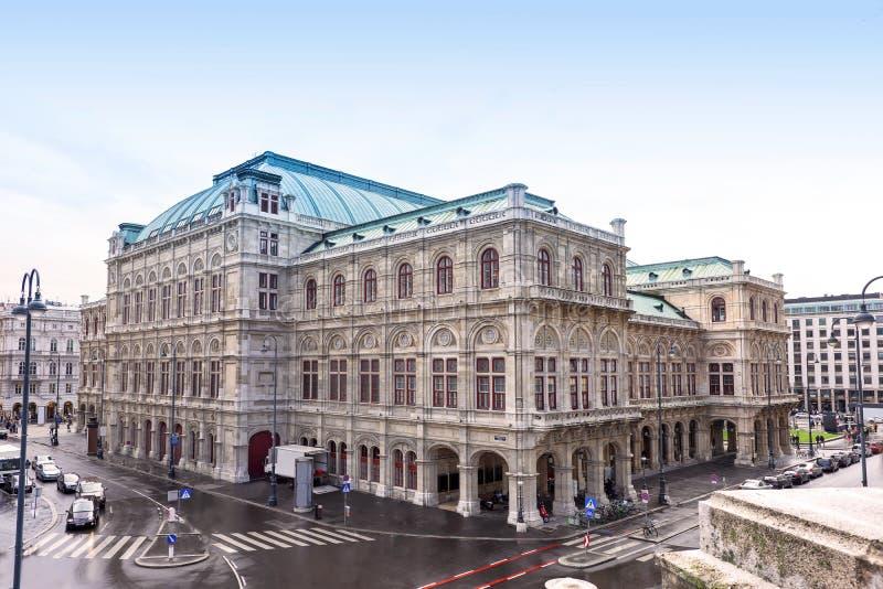 Fotomening over het huis van de de operastaat van Wenen stock foto