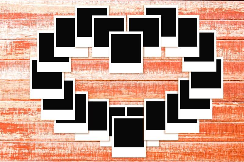 Fotoramar på träbakgrund vektor illustrationer